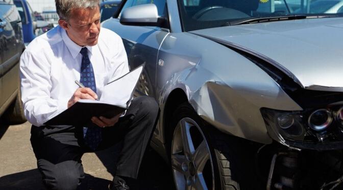Автоэкспертиза не по госконтракту – повод для отказа от оплаты?